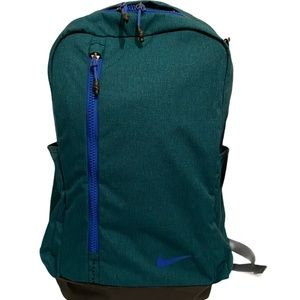 Nike Vapor Power 29L Backpack in Teal - NWT